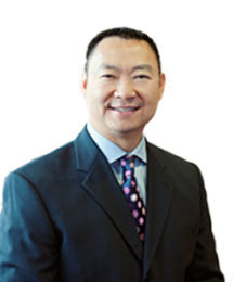 David Q Le